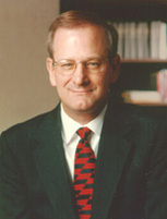 Tom Hoenig, chief executive of the Federal Reserve Bank, at Kansas City.